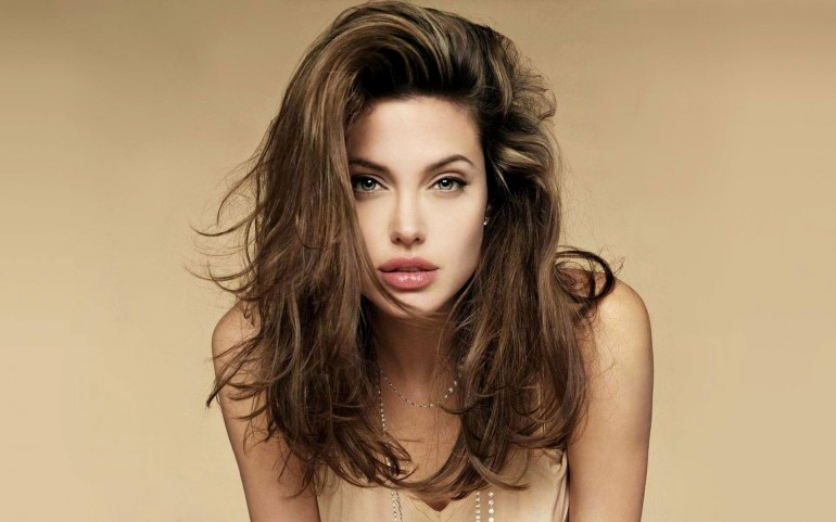 Angelina Jolie Portrait – Photography Wallpapers