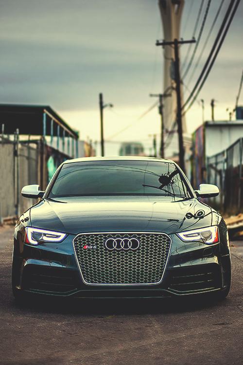Audi RS5 via Audizine