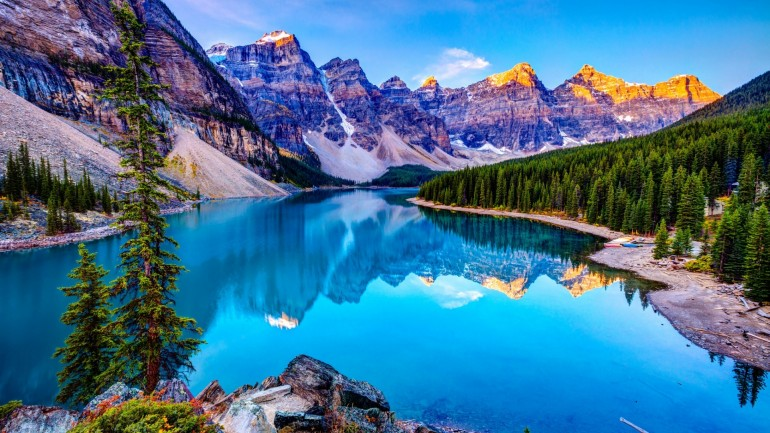 Moraine Lake Landscape – Photography Wallpapers
