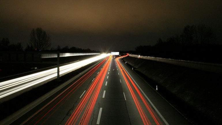 Night Highway Photo – Photography Wallpapers