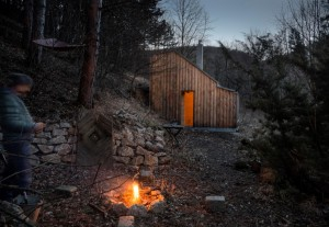 Recreation place in the woods: Tom's Hut