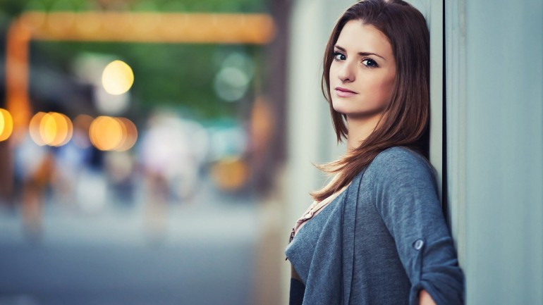 Bokeh Girl Portrait – Photography Wallpapers on Inspirationde