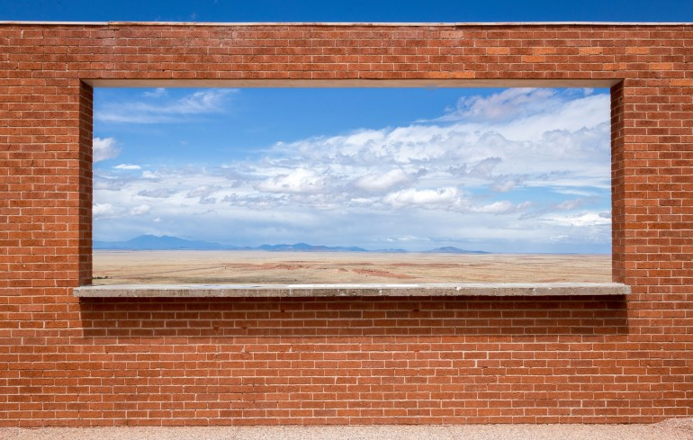 Framed Desert – Photography Wallpapers