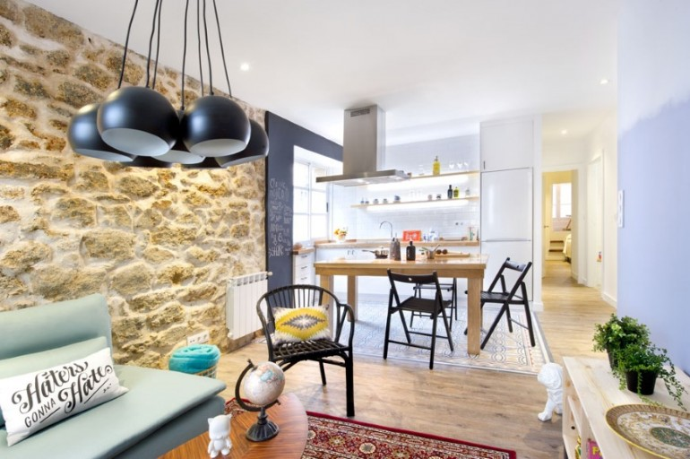 Looking for a flat to rent? A Coruña For Rent is renovated!
