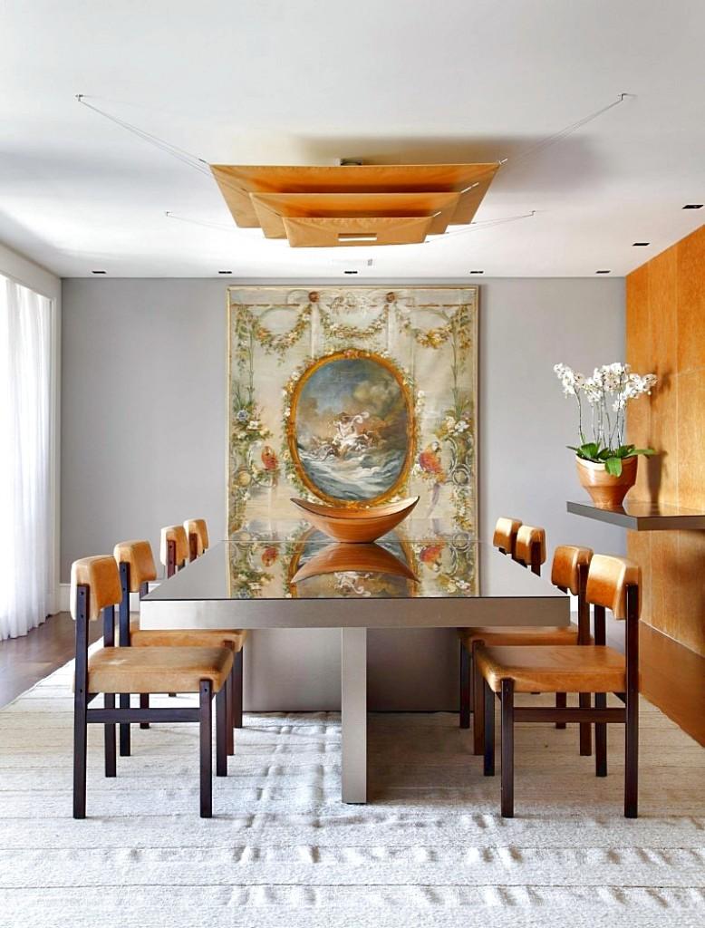 Minimalist interior design with a rigorous aesthetic: PV House