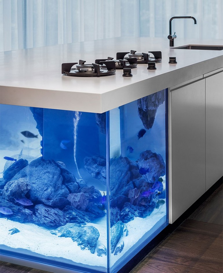 Ocean Kitchen with beautiful large aquarium for a base