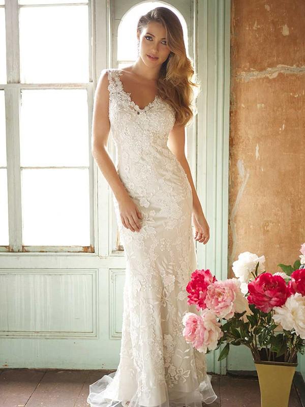 Trumpet/Mermaid V-neck Sleeveless Sweep/Brush Train Lace Wedding Dresses