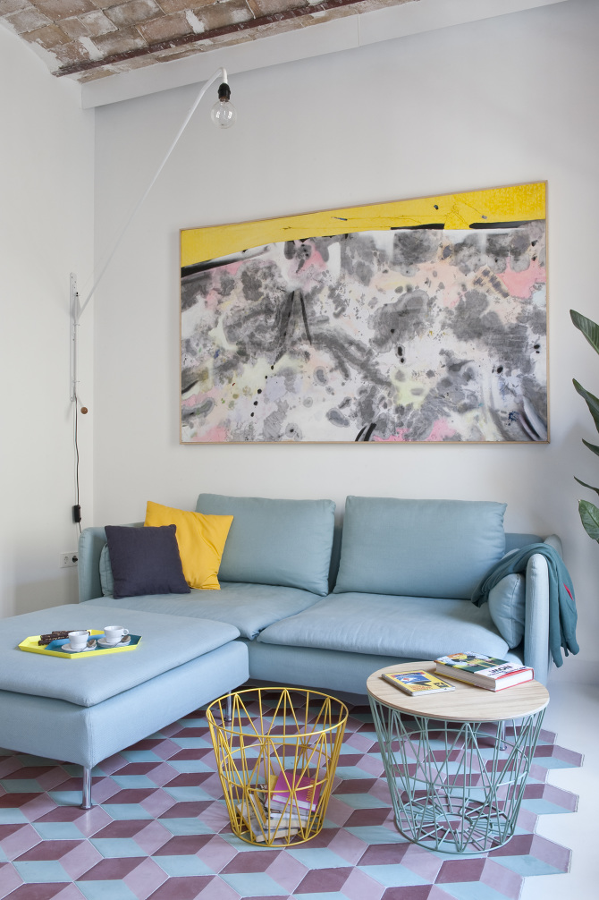 Fully renovated holiday apartment in Barcelona