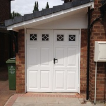 New garage door installed for home owner