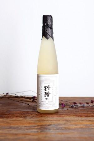 South Korean rice wine packaging – Ahwang-ju