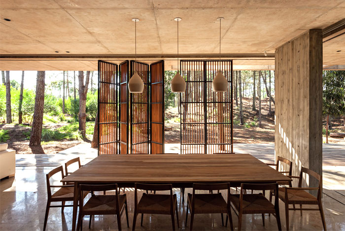 Spacious Full of Light Argentinian House – InteriorZine