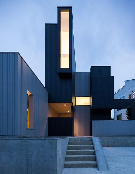 Windows at Kouichi Kimura's Scape House create a hierarchy of views