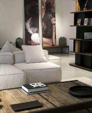 Cosy Eclectic Apartment by Fabio Fantolino – InteriorZine