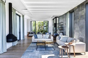 Elegant and Sunny Y House by Ofist – InteriorZine