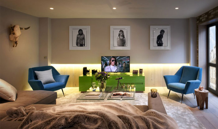 Luxurious London House with Exposed Brick Wall – InteriorZine