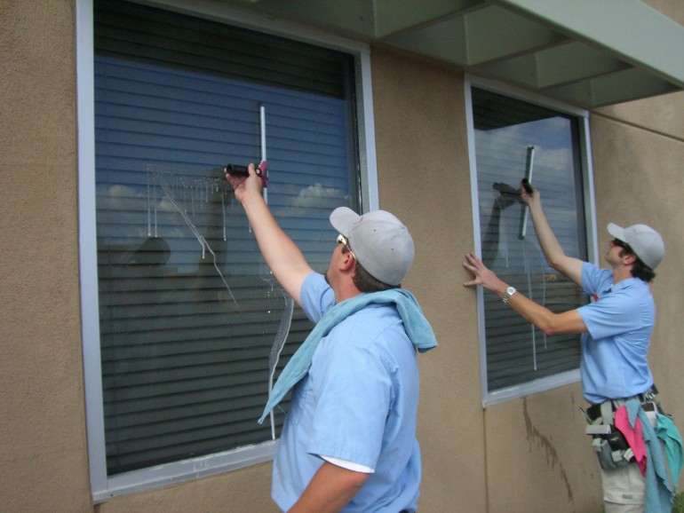 We provide best windows cleaning services in melbourne. We also provide other home cleaning serv ...