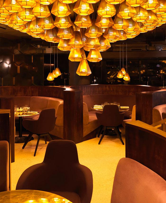 Restaurant with Parisian Chic Decorating – InteriorZine