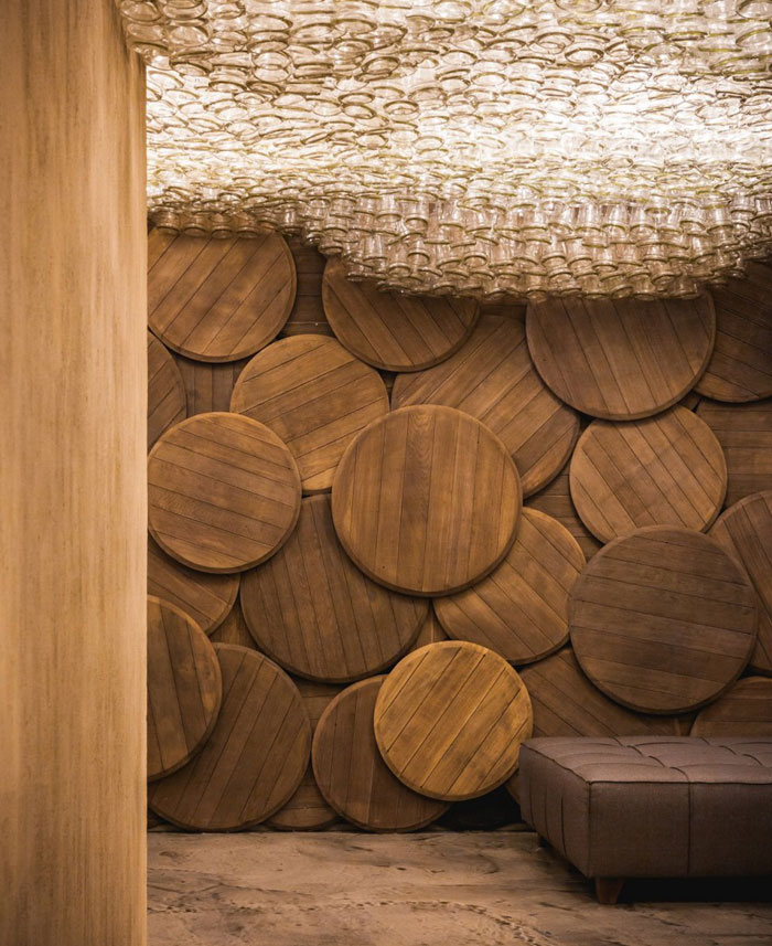 Shustov Brandy Bar Decor by Denis Belenko Design Band – InteriorZine