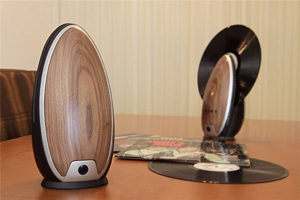 TOC vertical record player