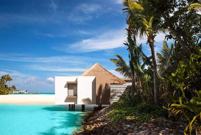Unique Villas Overlooking the Lagoon – InteriorZine