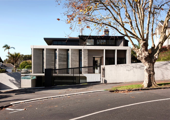 Contemporary Concrete House in Herne Bay – InteriorZine