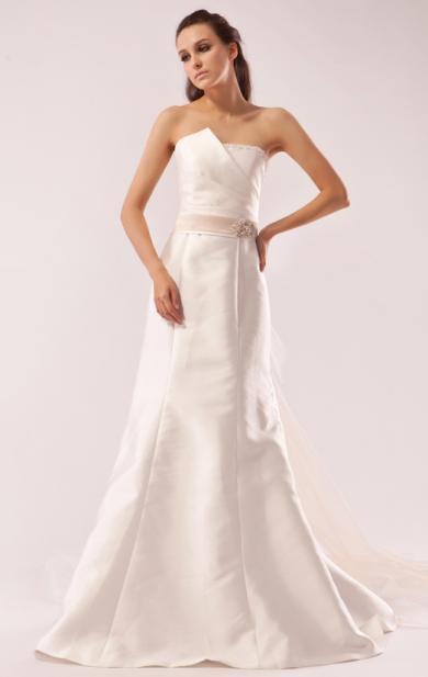 Princess long wedding dresses on queeniebridal