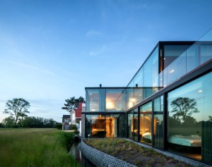Impressive Architectural Construction of Graafjansdijk House – InteriorZine