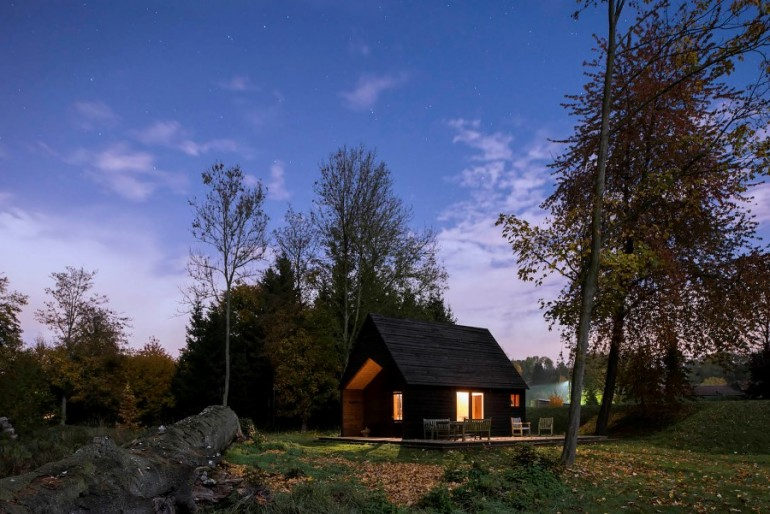 Lakeside Cabin – Lightweight, Simple and Economical