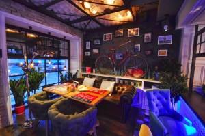 Vibrant Interior Colors and Stylish Decor – Rolls №1 by AllartsDesign
