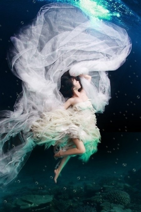 Underwater Wedding Photos