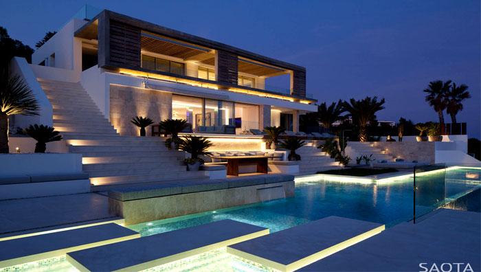 Spanish-Style Modern Villa in Ibiza – InteriorZine