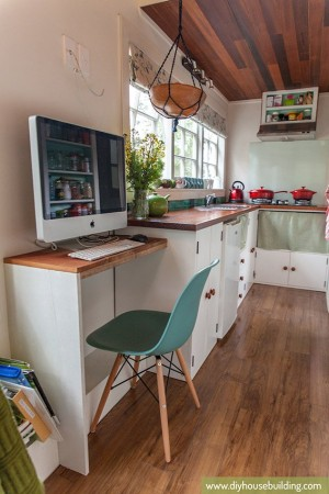 Tiny House Pictures: Home office