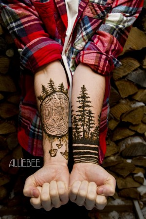 A gorgeous henna creation