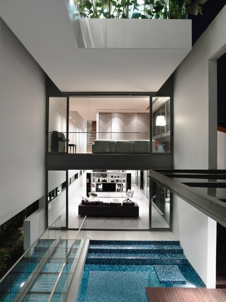 Jln Angin Laut / Hyla Architects