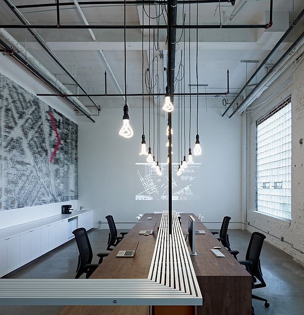 Blacklaboratory blacklab architects on inspirationde for Industrial interior design lighting