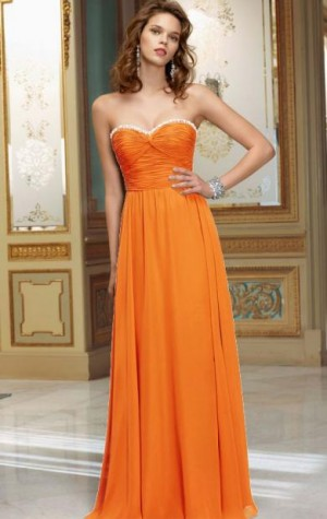 Colour: OrangeFabric: ChiffonLength: Floor LengthFully Lined: YesBuilt in Bra: YesTail ...