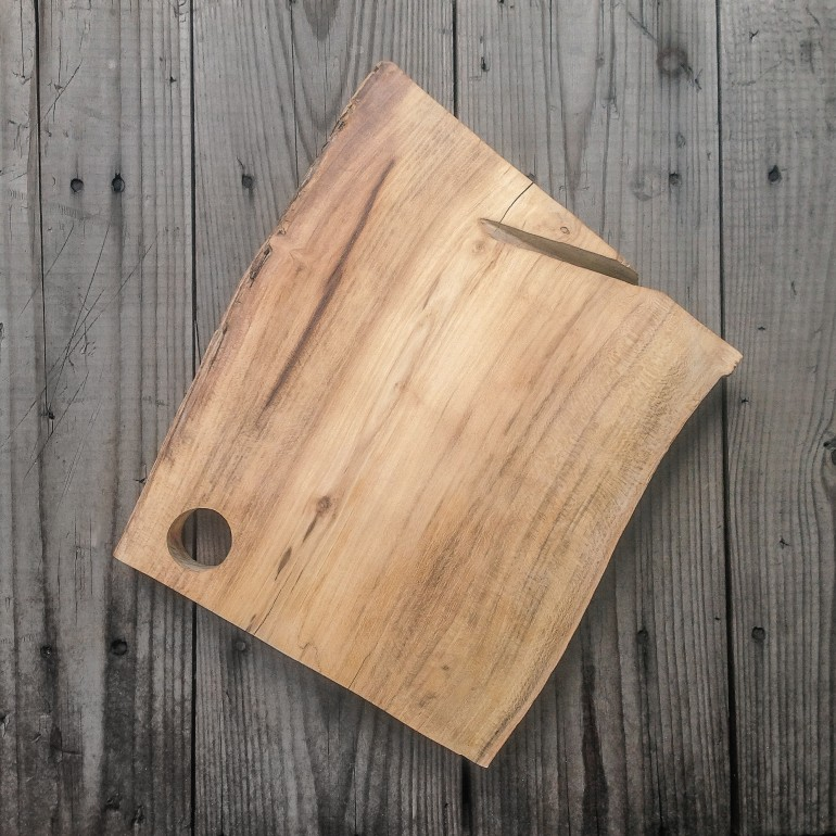 The Original Kitchen Cutting Board.Hand-made of Acacia wood.