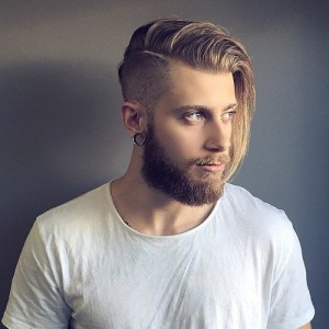 Mens Long Hair With an Undercut