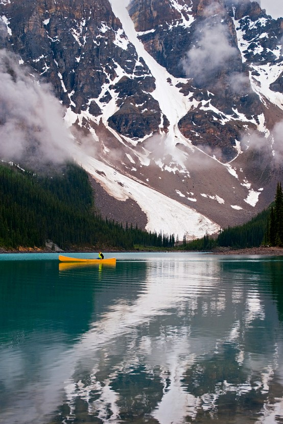 Moraine Lake. Alberta, Canada