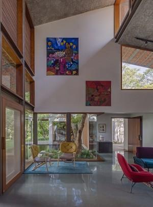 Krishnan House by Khosla Associates