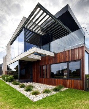 Vacation House by Jarchitecture