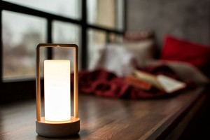 Wireless and smart table lamp, you may need it