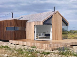 Pobble House – Contemporary Cottage Decorated in Minimalist Style