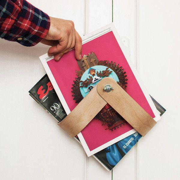Please try this minimal magazine rack