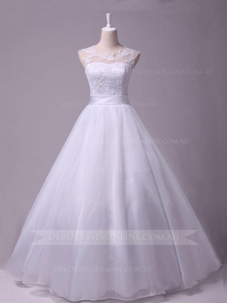 Click this site http://www.debdressesonline.com.au/ for more information on lace deb dresses. If ...