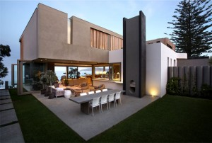 Beachyhead House by SAOTA Architects