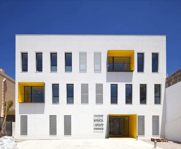 Porreres health center maca architecture studio on for Architecture 770