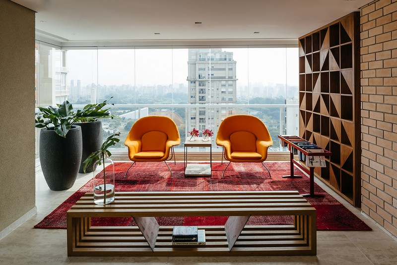 Ibirapuera Apartment – Mix of Contemporary and Brazilian Modern Classics