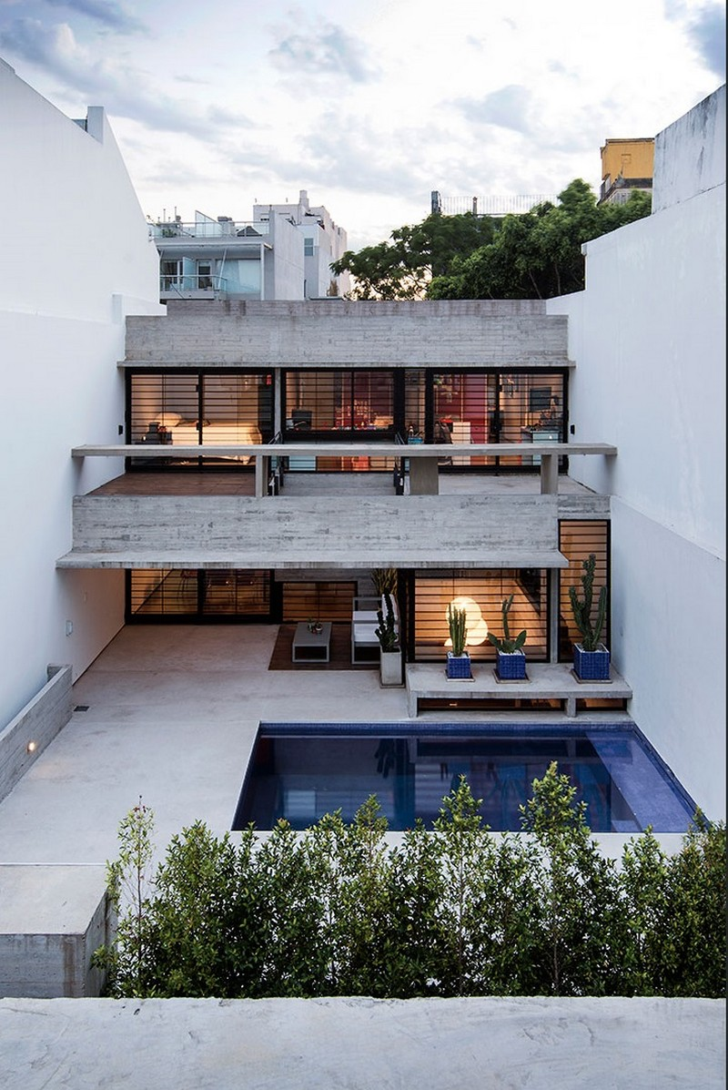 Two Houses Conesa in Buenos Aires / Besonias Almeida