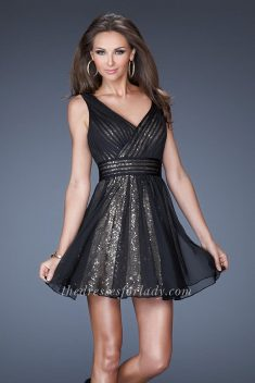 Black Two Strap Ruched V-neck Homecoming Dress